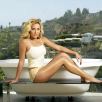 Mercedes-mcnab-with-bath-photoshoot-5