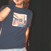 Christian_Kane_Singing_1