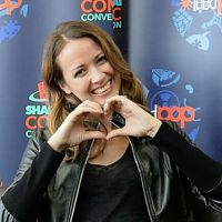 Amy Acker Heart